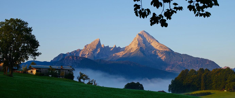 Watzmann im Morgennebel - Copyright: Rainer Nitsche